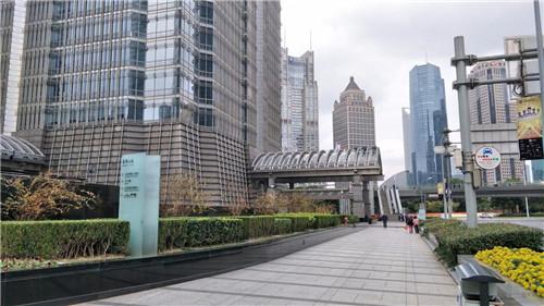 金茂大厦   (传统办公+商务中心)