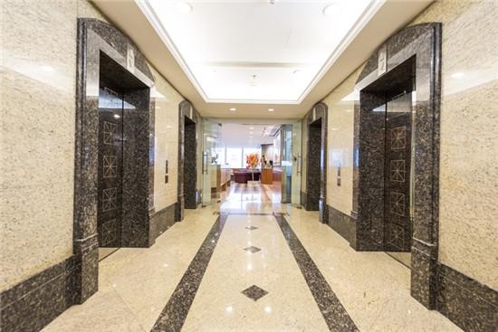 静安嘉里中心一座世服宏图商务中心