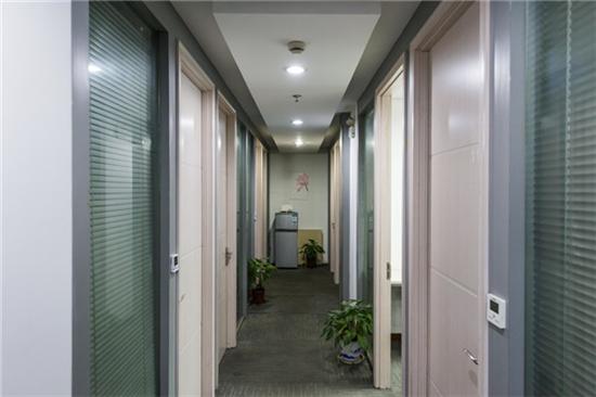 中融恒瑞国际大厦共享办公_联合办公_商务中心