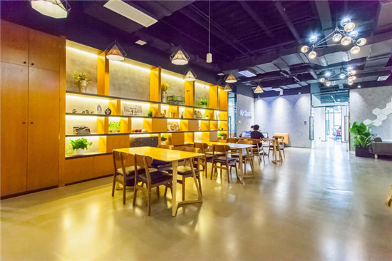 上海传奇商业广场共享办公