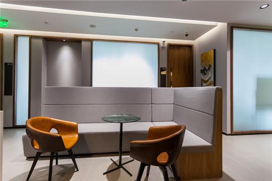 BFC外滩金融中心共享办公_联合办公_商务中心